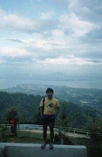 マレーシア(クララルンプール?) 観光名所(高台) 22年ほど前にマレーシアに行った時の写真です。おそらくクララルンプール(近郊)だと思うのですが、どの辺で写した写真か分かりますでしょうか?よろしくお...