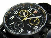 時計を買おうと思っているのでアドバイスをください いろいろ調べてwengerの70705.XLのようなデザインの時計を買おうかなと思っています。 しかしwengerというメーカーの評判を聞かないので少し心配です。(ミリタリーウォッチを作っている会社ですし大丈夫かとは思いますが)  話がそれてしまいましたが、皆さんに質問したいのはwengerの70705.XLのようなミリタリーデザインで...
