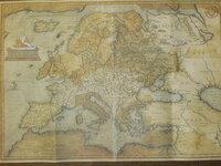 この古地図がいつの時代の誰の作品なのか分かる方はおられますか? 友人がフィレンツェで購入して来てくれたものですが詳細がわかりません。 購入した本人も不明との事です。 裏にはバーコードと共にISBNが記載...