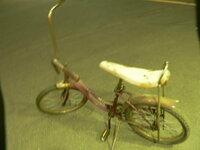 SCHWINNのビンテージ自転車なのですが、相場と年代が分かる方いませんか?