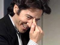 古畑任三郎VSスマップ その後・・・   あれだけのセット作ったのに なにあれwwwwwww  短すぎるし、ひどすぎでは??   せめて田村正和は出して欲しかった・・・・・