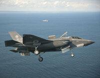 F-35Bを空母いずもでの離発着、搭載は可能ですか?計画・案ありですか?
