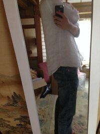 写真のように前より後ろが長い服ってシャツインするのが普通ですか??