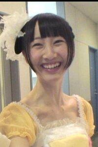 AKBグループに松井玲奈さんより首の長いメンバーはいますか? AKB48 SKE48 NMB48 HKT48 乃木坂46 レコード大賞 紅白歌合戦