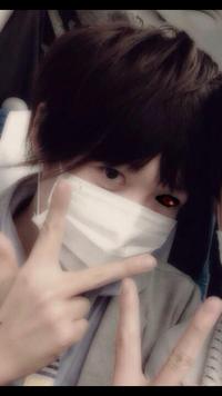 歌い手の あほの坂田さんの顔ってこれですか? 画像で見つけたんですが、、、 ٩(*´v`*)۶