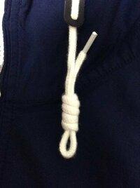 パーカー の 紐 の 結び方