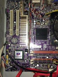 いつもお世話になっております。 今回はPCについてお聞きしたく、質問として投稿させていただきました。  現在私は自作PCを利用しておりますが、下記の状況の為改善策を考えております。 [スペック]  ○マザーボード:ECS G33T-M2  ○CPU:Core2 Duo E6850 @ 3.00GHz 3.29GHz   ○メモリ:3GB  ○仮想メモリ:DDR2 800MHz ...