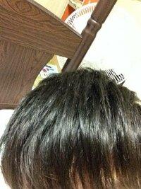 中学生男です。髪の毛をサラサラにしたいです。髪の毛の洗い方、ドライヤーを当てる時間、距離などできるだけお金をかけずに髪の毛をサラサラにする方法を教えてください。