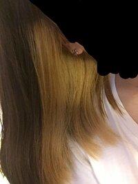 助けてください。 インナーカラーをしようと思って,ギャッツビーのブリーチをしたところ,あまりにも黄色くなってしまい,ブリーチした事をものすごく後悔しています。どのようにしたら色を戻す 事が出来ますか 出来るだけ低コストで色を落ち着かせたいし戻したいです。 白髪染めで色が戻るときいたのですが本当ですか? もうこれから髪をいじる事はしないつもりです。 地毛がもともとアッシュでその色は気に...