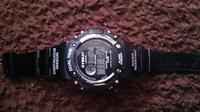 j-axisの腕時計です 時刻合わせたいです やり方を教えてください!お願いします