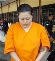 麻薬運搬の看護婦・竹内真理子(41)死刑  竹内被告「知人に頼まれただけ、中身は麻薬とは知らなかった」 マレーシア で死刑 これまでも何度も東南アジアに渡航歴  . 日本なら、「知人に頼まれただけ、中...