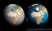 地球の水分と、大気を一箇所にまとめて球状にするとこうなるという画像を見つけたのですが、実際の球体の直径はどれくらいになりますか? 大気の総量はわからないんですが、水分の総量は14億km^3 として計算するとその球体の直径は何kmになりますか?