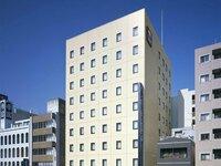 東京都中央区の「コンフォートホテル東京・東日本橋」は、  何階建てですか?  客室の数は、いくつですか?  大浴場は、ありますか?  教えてください。  分かる方は、お願いします。