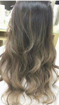 ムラシャン?シルバーシャンプー? この髪色をキープしていく場合は、紫シャンプーとシルバーシャンプーどちらがおすすめですか?