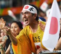 江頭2時50分さんは実費でブラジルのリオデジャネイロまで行ってオリンピックの応援をしてたんでしょうか?。