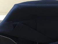 コンサートスタッフ時のスーツについて質問です。 先日、初めてコンサートスタッフの登録をしました。指定の就業時のスーツは黒となっており、私が今持っているスーツは黒地にストライプのスー ツです。 コンサートスタッフを経験したことがある方に質問なのですが、ストライプがかったスーツを着ている人は滅多に居ないのでしょうか? また、画像のものが私が持っている黒地にストライプのスーツです。 分かる...