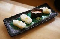 寿司屋でダイエットの為に炭水化物を抜く為に シャリを残す女性が増えてますね。これってラーメンのスープ残すようなもんですよね?
