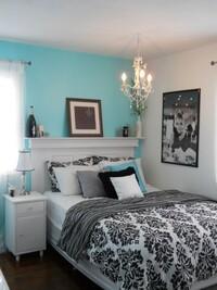 部屋を姫部屋のようなガーリーな感じにしたいのですが、ガッツリ姫部屋だと恥ずかしいので適度に大人っぽく落ち着いた空間にしたいです。 メインカラーは白で、水色(近いのはティファニーブルー)やラベンダーカ...
