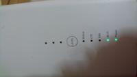 ソフトバンクエアー2が昨日から急に繋がらなくなり先ほど繋がりましたが10分くらいでまた繋がらなくなりましたレベルボタンを長押ししたら上が赤く光ります 契約して4ヶ月問題なく使えてましたがどうすればいいですか?  コンセント抜いたりはしてみました