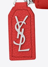 ブランド品の原価は定価の100分の1くらいですか?  画像は某高級ブランドの公式サイトに掲載されている財布(定価9万円)の持ち手ですが、縫製が雑ですよね? 所詮、ブランド品なんてこの程度のもんでしょうか...