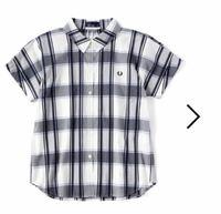 洋裁について質問です。 画像のような、袖つけのない袖はなんというのでしょうか。 フレンチスリーブにしては、丈が長いので別の名称があるのかな、、、と。 またこのような袖の作図はフレンチスリーブの作図から単純に丈を延ばせばよいのでしょうか。その際、脇の部分をどう処理するのかがわからないので、ご存知の方がいらしたら教えいただきたいです。よろしくお願い致します。