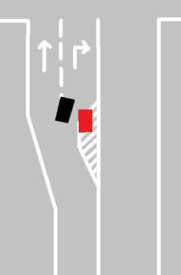 結構黒い方の動きする車多いけど、まじであぶないから!(前も載せたことあるけど…) 赤い方がゼブラゾーン突っ切ってきてるのは別に違反もしてないし、もしこれで接触事故したら7:3くらいで黒い方が悪くなるのでご...