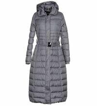 ダウンと間違って、ポリエステル100%の中綿入りジャケットを購入してしまいました。 ヤンマイエンのダウンコートを購入予定でしたが、間違って中綿入りジャケットを買ってしまいました。  調べてみると、中綿入り...