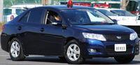 日本警察の使用する捜査車両って、サイレンアンプと無線機全て揃っているのは割合的にいうとどのぐらいなのでしょうか?私服用セダン型無線車の中でもサイレンが付いてないヤツは配備する部署は限られているので...