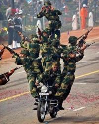 仮に、インド軍と自衛隊が戦ったらどちらが勝利しますか?(アメリカ軍なしで) (陸、海、空、歩兵、装備も、小銃も含めて)