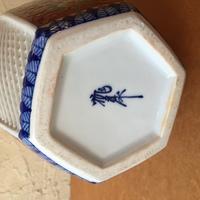 この陶印は、何焼きのどこの窯のものでしょうか。 陶芸や工芸品に詳しい方、よろしくお願いします。