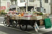 原付バイクにリヤカーを連結して公道走行するとおまわりさんの餌食になるのでしょうか?