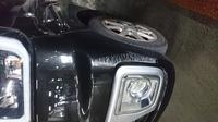 初心者の者です。 借りていた母の車を駐車場の柱で擦ってしまいました。修理はいくらぐらいかかりそうですか…?
