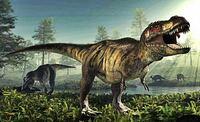 この恐竜の名前は「ティラノサウルス」ですか?それとも「チラノサウルス」ですか? 昔の図鑑には「チラノサウルス」と書かれてたみたいですが、最近は「ティラノサウルス」と言われてますが……改名したんですか??