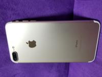 iPhoneの売値について質問、ご相談です。 頂き物のiPhone7plusなのですが、 購入されてから半年程度だったと思います、  SIMフリー解除はされていないと思います、  iPhoneは扱ったことがないのでお聞きしたいのですが、  売る際に、 初期化してSIMは抜いていたのですが、 他にしないといけないことはありますか?  結構な美品で、 頂いた際に、クリアケースがついていましたが角...