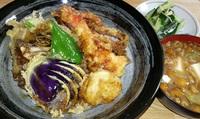 天丼は好きですか?  天丼に乗っかってたら嬉しい野菜の天ぷらでは何ですか?