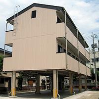 こういう建築物の構造は、耐震性や耐久性に問題ありませんか? 地震などの多いご時世なので怖いです。