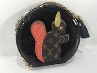 ルイヴィトン リスのヴェルニのコインケース 。 販売時期が分かる方はいらっしゃいますか?