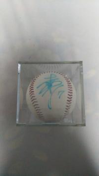 松井稼頭央選手の西武ライオンズ時代の直筆サインボールです。昔の公式球ですが今なら高値で売れるのでしょうか?