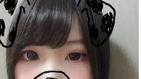 アイプチをすると、片目だけ殴られたような感じになってしまいます。 私は片目が末広型二重で、もう片方が二重幅はあるのですが狭く、遠目からは一重に見えます。 そこで、ノリタイプのアイプ チをしたのですが...