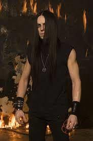 ブラックメタルドラマーのFrost(フロスト)はSatyricon、1349、KeepOf Kalessin等で有名ですが、実力はどれほどのものでしょうか?