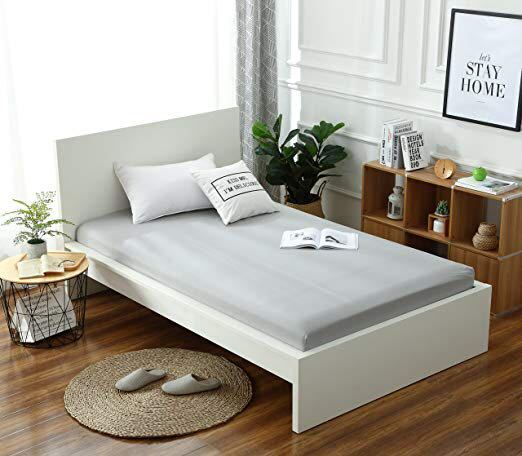 このベッド本体を探しているのですが中々見つかりません… 写真はニッセンのベッドシーツ購入のページからです。 もし購入サイト、ブランドがわかる方がいたら教えていただきたいです。
