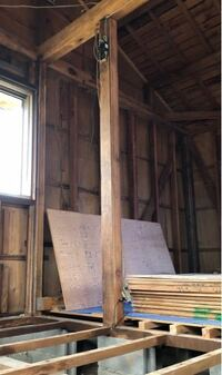 白アリにやられた柱を交換する際、仮支えの柱に単管パイプは使えるでしょうか。 築50年木造平屋、土台から桁までの高さは232cm。 2mの単管パイプにジャッキベースで高さを調節する計画です。