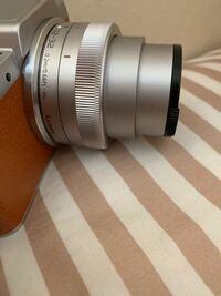 LUMIX GF7を中古で買いました レンズが戻らなくなりました どうしたら戻りますか?
