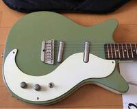 このくすんだ?淡い?緑の色はなんと言う色ですかね?