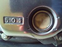 オイル点検窓がないエンジンの場合、  白くなってるとか、どうやったら分かるのですか?