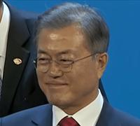 寝ても覚めても韓国です、韓国サランヘヨ~!  韓国料理、K-POP、BTS、メイク、インスタ映えで 韓国は女子人気ナンバーワンだし、インスタ女子には ものすごい韓流ブームだから、G20の主役は文在寅大統領 じゃ...