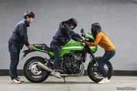 中型バイク(スポーツタイプ) 乗りたいのですが 股下が 70cmしかありません ほとんどの中型バイクの シート高が 77cm以上です かなり不安です 大丈夫でしょうか?