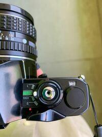 フィルムカメラ初心者 PENTAXのMEのフィルムカメラを使用しているのですが枚数がこれで巻き上げに感触がなくシャッターが切れないということは撮り終わったということですか? フィルムが何枚用だったか覚えてないので失敗してないか不安ですが