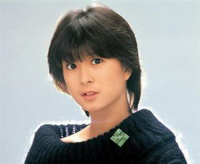 本日7月24日は、かつての昭和トップアイドル《河合奈保子さん》の56歳の誕生日でございます。 そこで皆さま。 《河合奈保子さん》に関しての思い出、エピソードなど、なんでも聞かせて頂けたら幸いでございます。