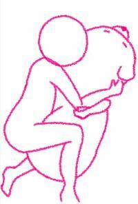 イラストのアドバイスください!前も同じ質問をして、直してきたんですけど、自分じゃよくわからないので、また質問させていただきます!まだ途中ですが幼い男の子が抱き枕を抱いているイラストを描きました!アドバ イスなどあればくださいm(_ _)m
